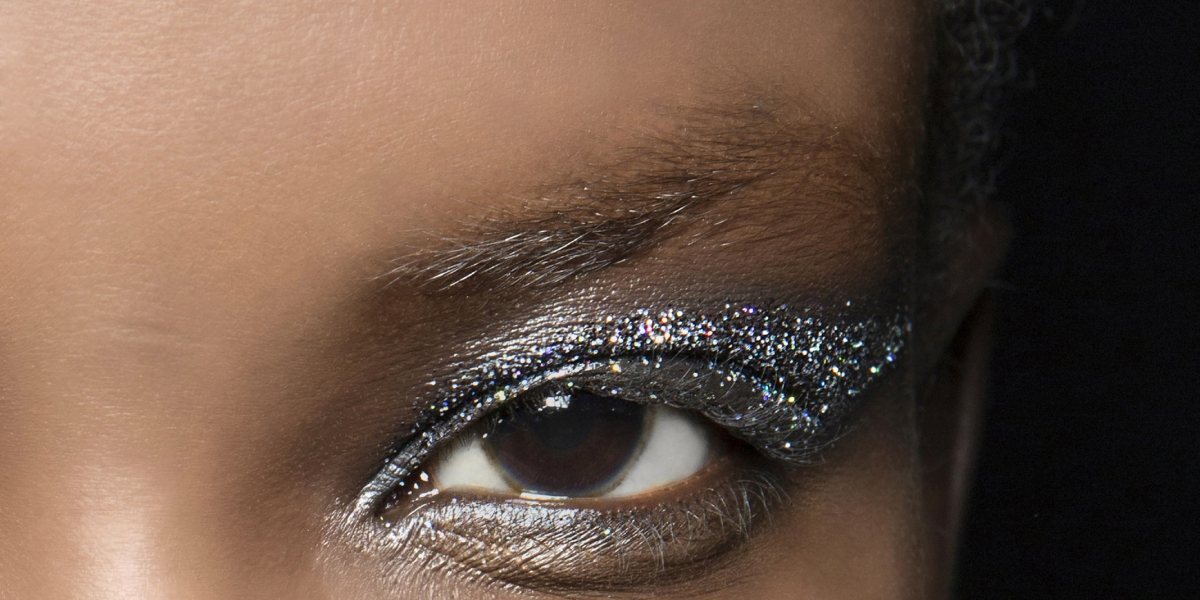 MARIE-CLAIREmaquillage-yeux-glitter