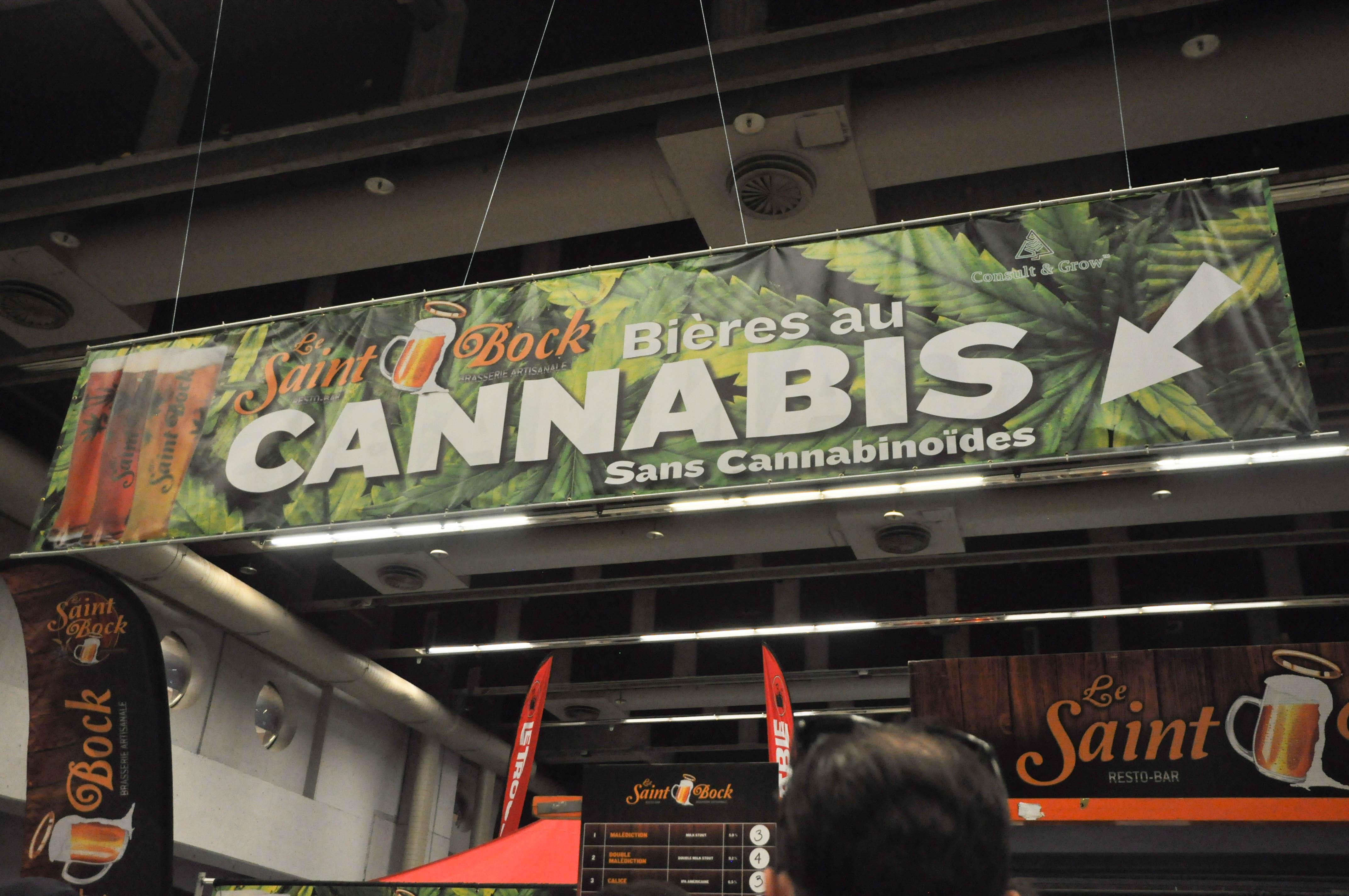 La bière au cannabis a attiré de nombreux curieux.