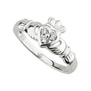 14K White Gold .18ct Diamond Claddagh Ring s2622