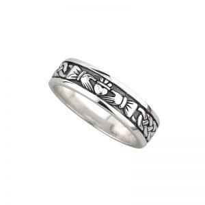 'Silver Ladies Claddagh Ring by Solvar s2829