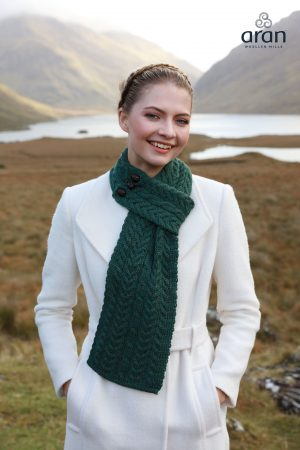 Green Loop Scarf Merino Wool a196