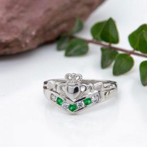 Solvar Sterling Silver Claddagh Wishbone Ring s2751