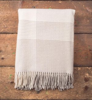 Foxford Bone & White Large Block Throw Blanket