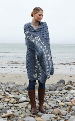 Aran Merino Wool Sailing Blanket - Navy