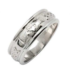 18k White Gold Wedding Ring