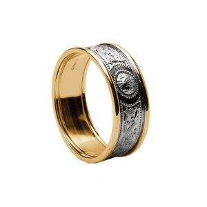 14k Gold Gents Celtic Shield Band