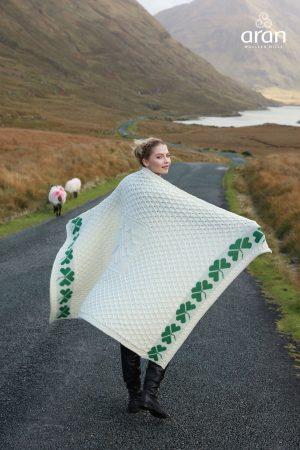 Aran Merino Wool Shamrock Blanket A962