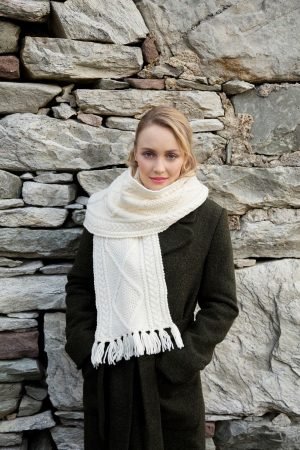 aran wool celtic scarf s173