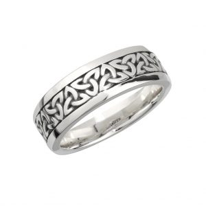 Gents Trinity Knot Ring