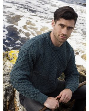Green Irish Wool Sweater c1347