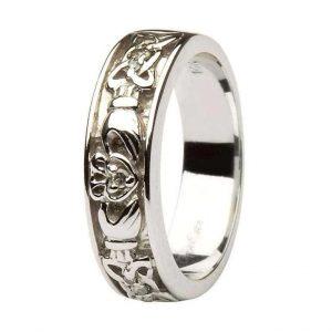 14k White Gold Ladies Claddagh Diamond Ring