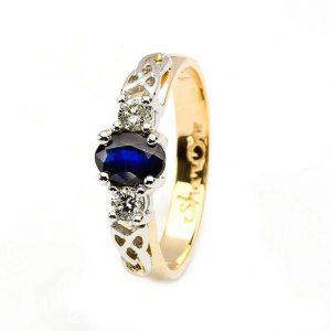 Oval Sapphire Diamond Celtic Trinity 14K Gold 3 Stone Ring