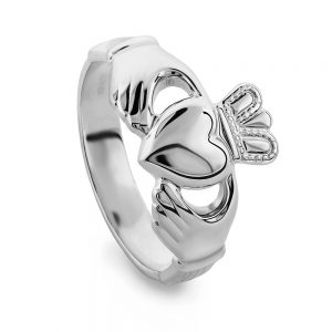 Sterling Silver Gents Claddagh Ring By Solvar s2272