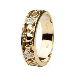 Men's Claddagh Wedding Band Diamond Set