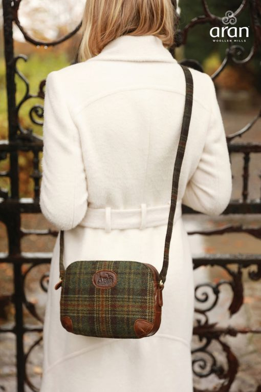 Aran Tweed Leather Shoulder Bag