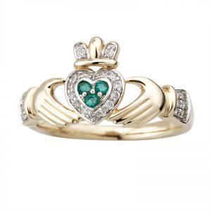 Solvar 14k Gold Diamond & Emerald Claddagh Ring