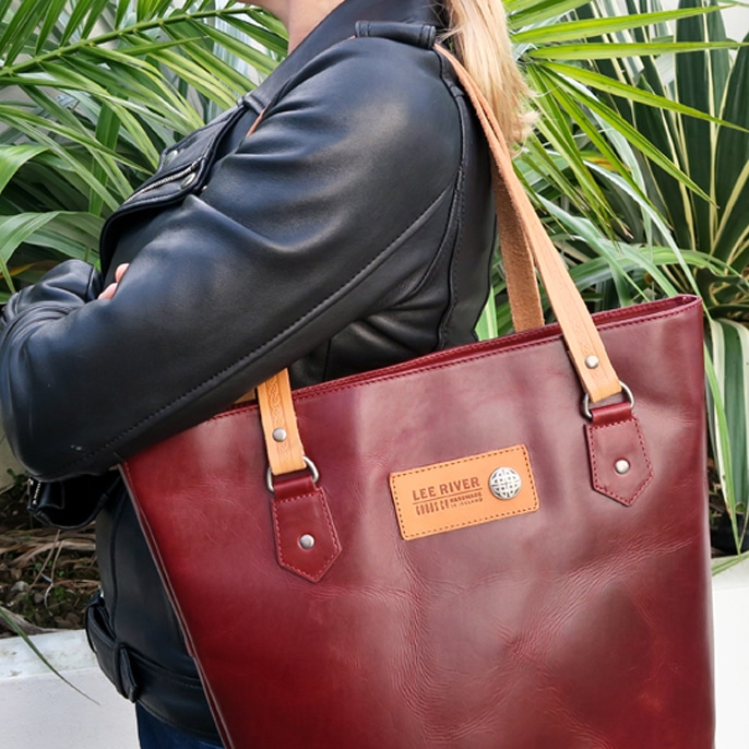 5448834fa2f6 Lee River Red Leather Tote Bag - Skellig Gift Store - Free Worldwide ...