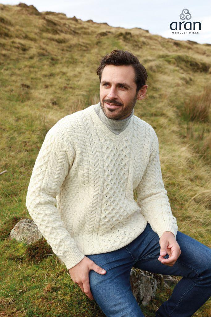 e5b8e404 'Men's V-Neck Aran Sweater b736 Aran Woollen Mills - Skellig Gift Store