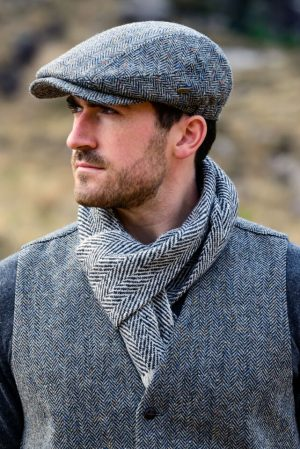 Black Gray Mucros Donegal Tweed Scarf dt12