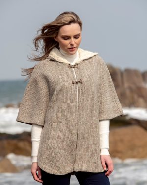 Ladies Tweed Herringbone Cape With Aran Collar