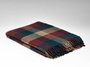 McNutt Pine Redcurrant Block Blanket