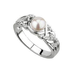 Solvar Silver Trinity Knot Pearl Ring