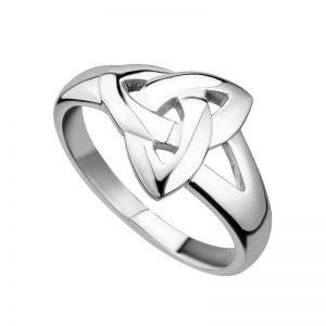 Solvar Silver Plain Trinity Knot Ring