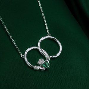 Solvar Crystal Claddagh Circle Necklet S46371
