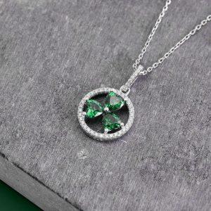 Solvar Shamrock Circle Necklace S46481