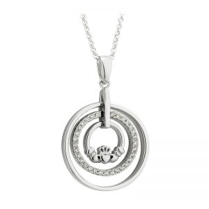 Solvar Sterling Silver Cubic Zirconia Claddagh Circle Pendant S46340