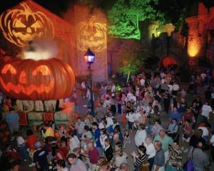 Top 10 scary halloween travel destinations orbitz - Busch gardens williamsburg halloween ...