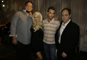 Penn & Teller flanking Holly Madison and Josh Strickland at a Human Rights Campaign event (courtesy of R&R Partners)