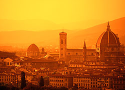 Il Duomo in Florence <br>Credit: PhotoDisc