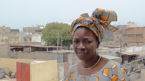 Senegal woman with Mangeon Locale (Slow Food International).