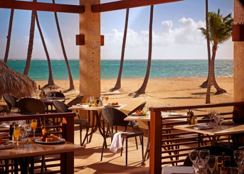 Beachside dining at the Paradisus Palma Real in Punta Cana