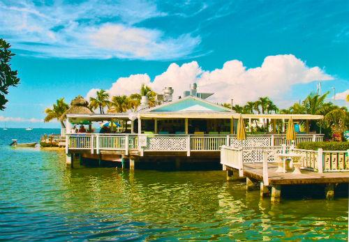 8-Lorelei-Cabana-Bar-by-Lorelei-Cabana-Restaurant-and-Bar.500