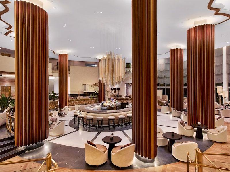 nobu restaurant in eden roc resort