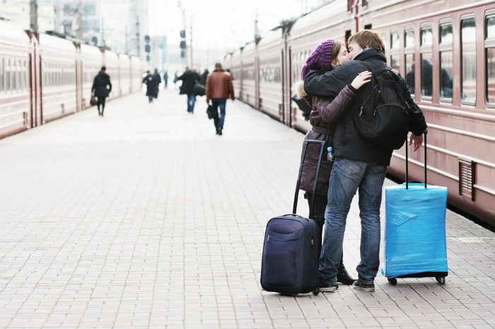 France Train Kiss.700