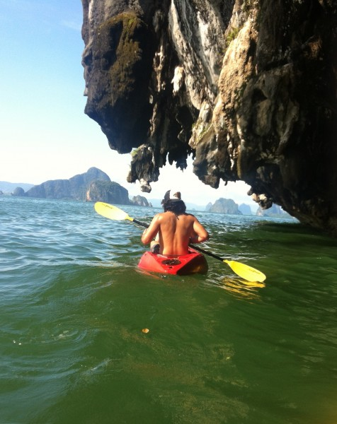 Sea Cave Kayaking Guide