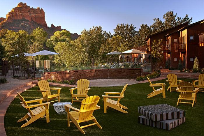 Amara, Yellow Chairs Courtyard