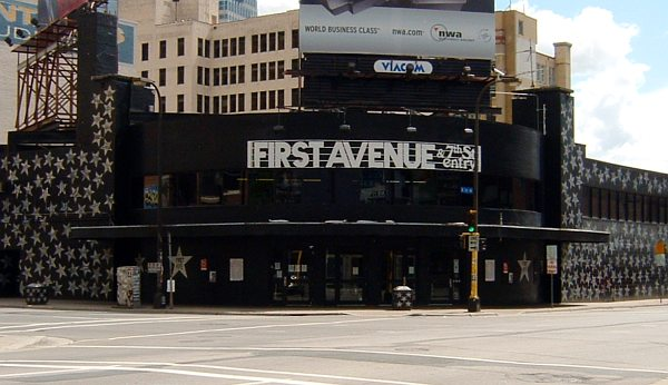 First Avenue | Photo: Mulad via Wikimedia Commons