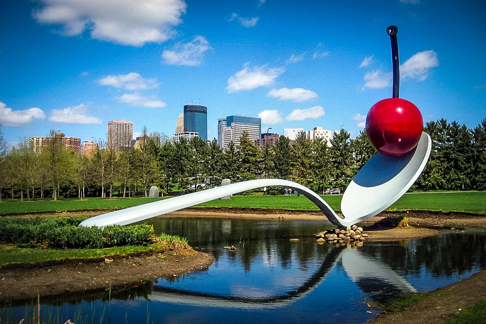The Famous Spoonbridge & Cherry - Photo by Wendy Berry - CC (edited)