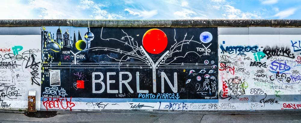 Orbitz-3 perfect days in Berlin-Berlin Wall-Getting Stamped-1