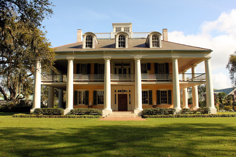 6 Mississippi River plantations that are totally amazing ... on texas homes, south bay homes, hollywood homes, deltona homes, beauregard parish historic homes,