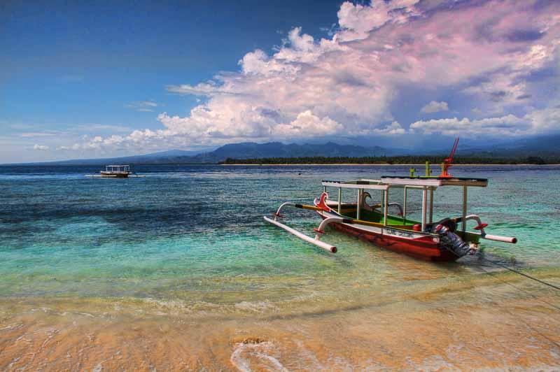 Orbitz-5-Orbitz-5-hard-to-get-to-beaches-in-asia-Flickr-1