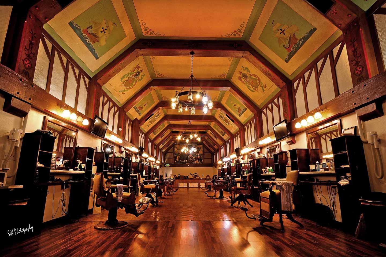 Orbitz- Old school barber shops in the US- Ray's Barbershop-1