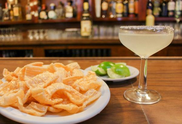 Margarita and chicharrones