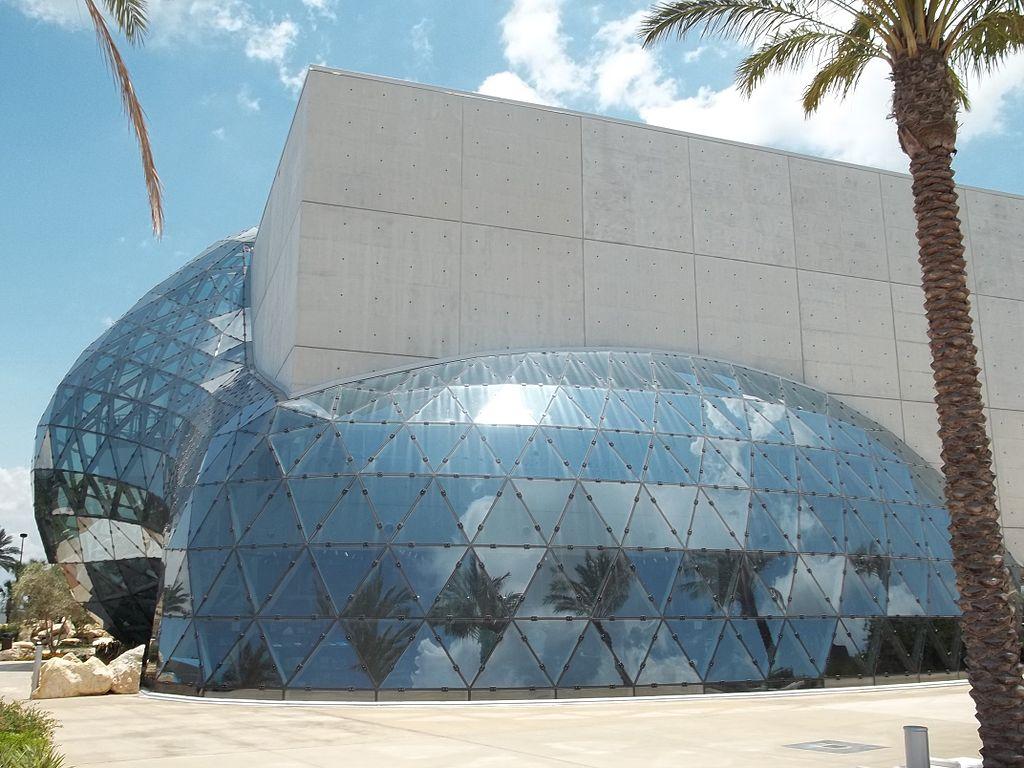 Dali Museum, St. Petersburg, Florida | Photo: WikiMedia/Ebyabe