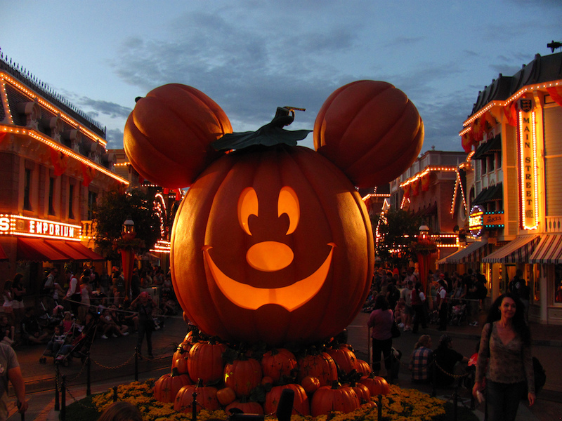 halloween-at-disney-world