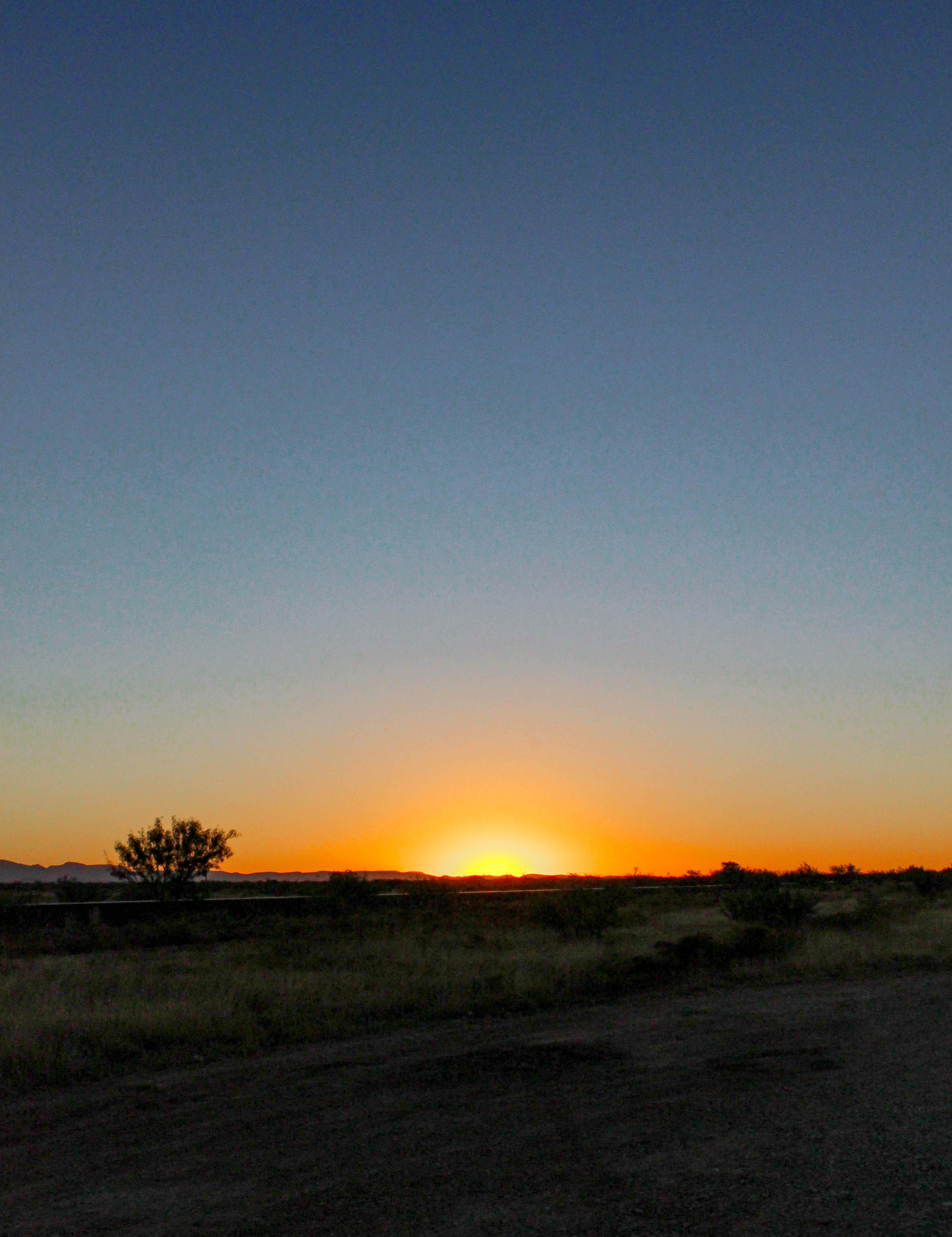 West-Texas-Photos-Marfa-Sunrise_CompassandTwine